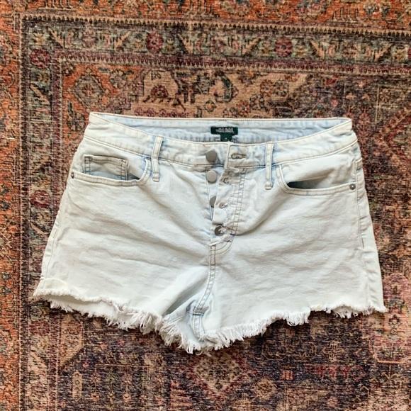 Wild Fable Light Wash Button Up Frayed Hem Shorts